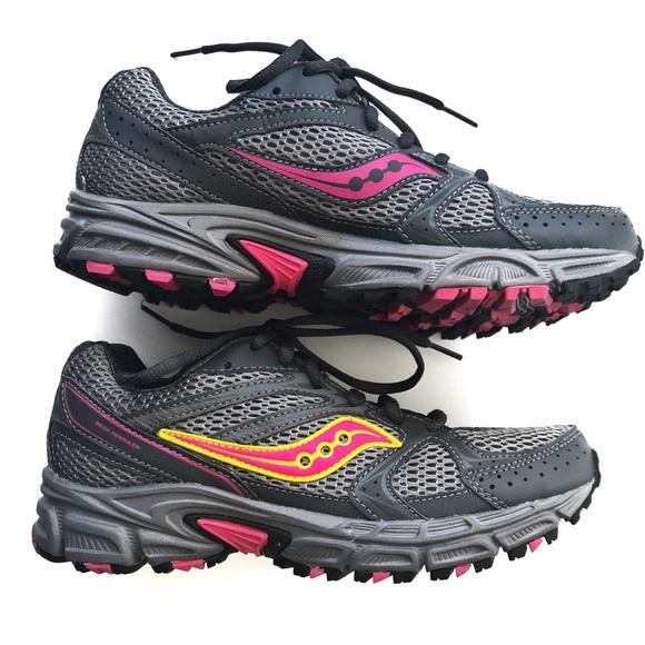 a6a8c50376dd Saucony Grid Terrain Running Trail Shoes 7.5. M 5c5492a66197452b0ff16b18